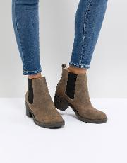 apple faux fur lined boots