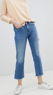 straight leg jean with raw hem