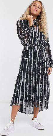 Tie Dye Maxi Dress With High Neck