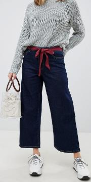 wide leg jean with tie belt