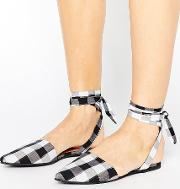 tie ankle point gingham shoe
