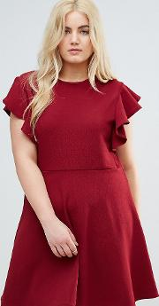 Dress With Frill Sleeves