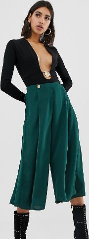 Exclusive Pleated Wide Leg Culotte