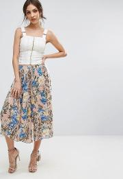 floral printed cropped trousers