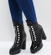 Pearl Detailed Zip Boots