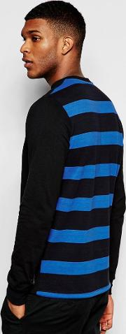 long sleeve t shirt with back stripe print