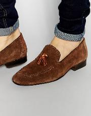 tassel loafers in brown suede