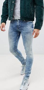 skinny fit jean with stretch and bleached hem