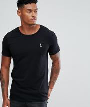 t shirt with rolled sleeves