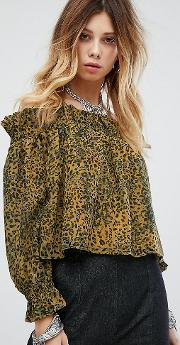 1b650232d2ed52 Shop Floral Blouses for Women - Obsessory