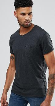 t shirt with chest pocket