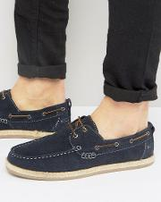boat shoes in navy suede