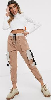 Cargo Pants With Contrast Pockets And Buckle Straps