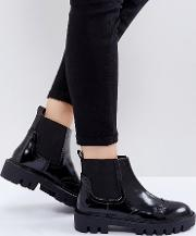 Cleat Sole Chelsea Flat Boots