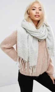 Boucle Knitted Scarf With Tassles In Light Grey