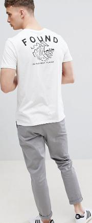 t shirt in white with wave back print