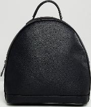 black minimal zip backpack