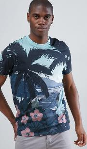 crew neck t shirt in parrot placement print