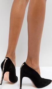 high vamp heeled shoes with metal bow