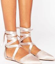 Tie Up Point Flat Shoes