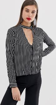 Striped Shirt Collar