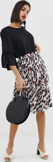 Pleated Animal Print Skirt