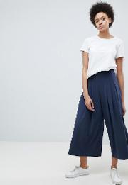 pleat front wide leg trouser