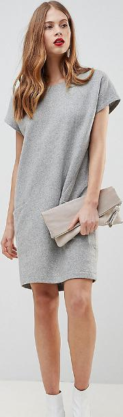 wool dress with oversized pockets