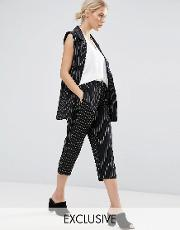 cropped trousers co ord