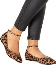 Leopard Print ally Pointed Wide Fit Shoes