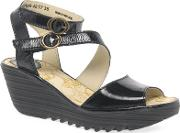Black Patent Leather yisk Mid Heeled Wedge Sandals
