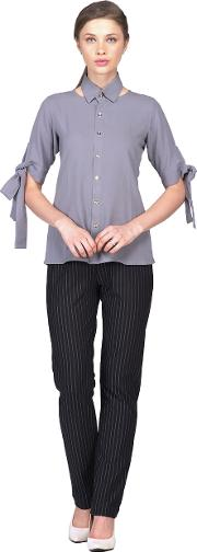 Grey collar with spread neck with sleeves tie up