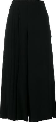 Wide Legged Pleated Cropped Trousers