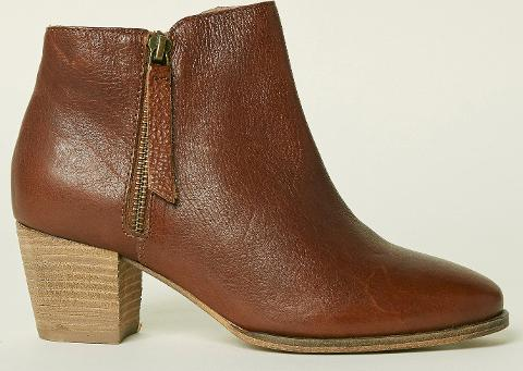 4852d31cd56db Shop Fat Face Boots for Women - Obsessory
