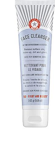 First Aid Beauty  Cleanser 141.7g