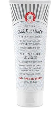 First Aid Beauty Jumbo  Cleanser 226.8g