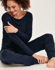 Liquid Touch Lounge Long Sleeve Top