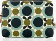 Scallop Flower Spot Cosmetic Bag