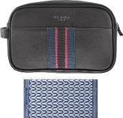 Wash Bag And Towel Set Navy