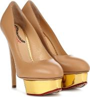 Dolly Plateau Pumps