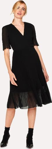 Women's Black Chiffon Short Sleeve Pleated Dress