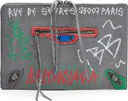 Graffiti Classic Leather Pouch