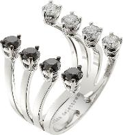 18kt White Gold Ring With White And Black Diamonds