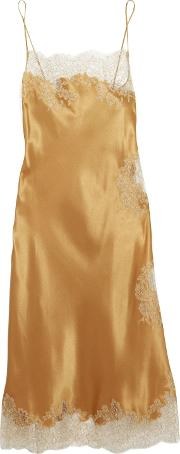 Woman Chantilly Lace Trimmed Silk Satin Chemise Gold