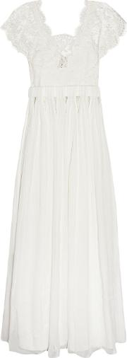 Woman Tykhe Lace And Chiffon Gown White