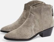 Betty Western Ankle Boots