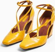Ghost Ochre Cross Front Court Shoes