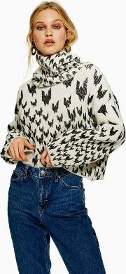 Houndstooth Chunky Roll Jumper