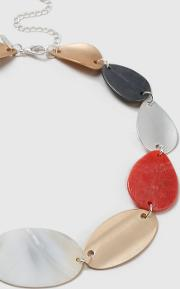 Coral Shell Collar Necklace
